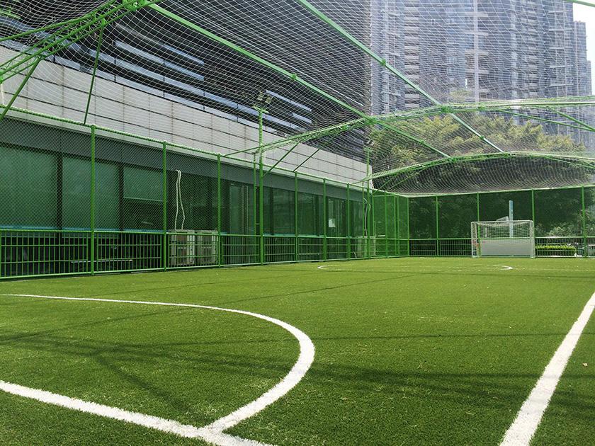 钢格栅拼装笼式足球场
